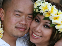 our oahu adventure close up photo weddin