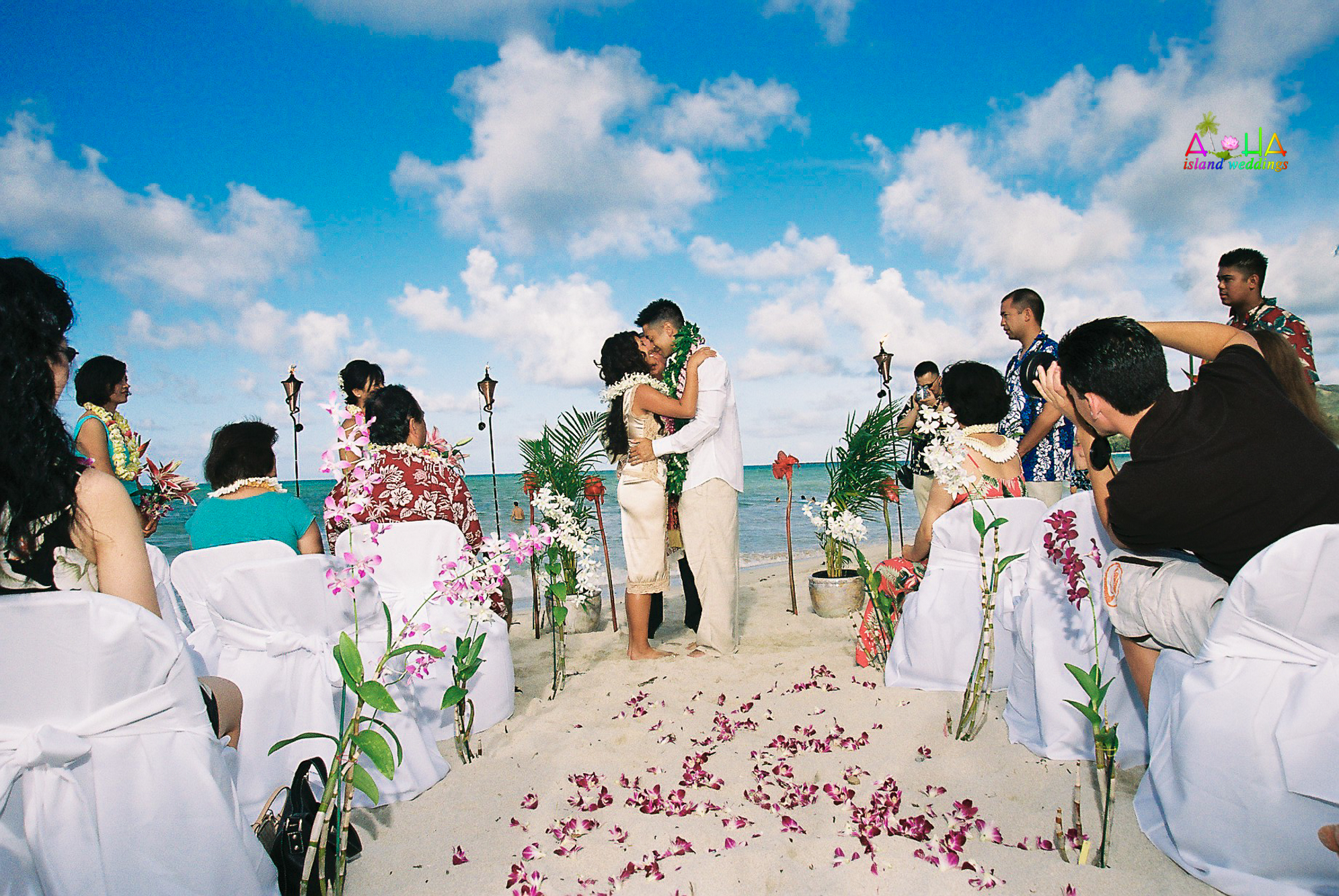 Beach wedding in Kailua-29