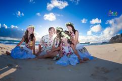 Sunrise-wedding-in-Hawaii-4.jpg