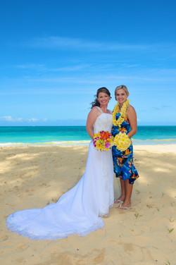Hawaii beach wedding - lotus car 10