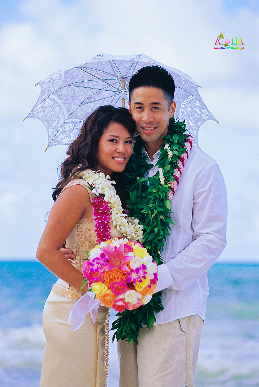 Beach wedding in Kailua-77