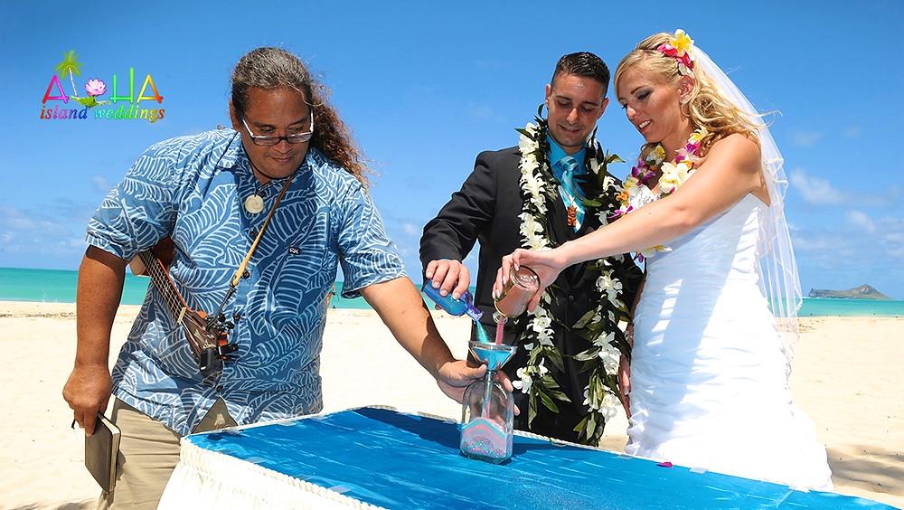 Hawaii wedding sand Ceremony