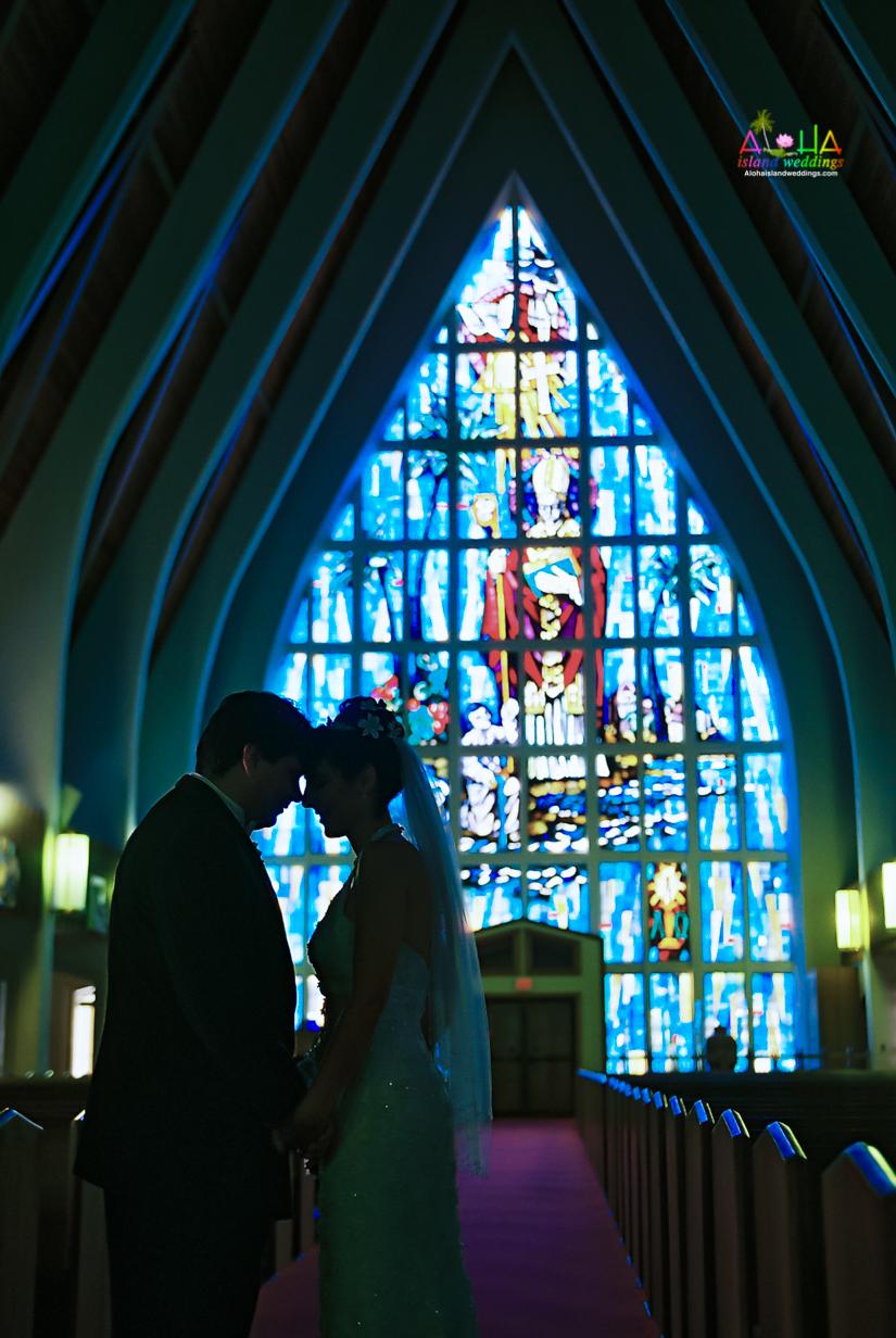 Hawaiian Church Wedding on Oahu-19