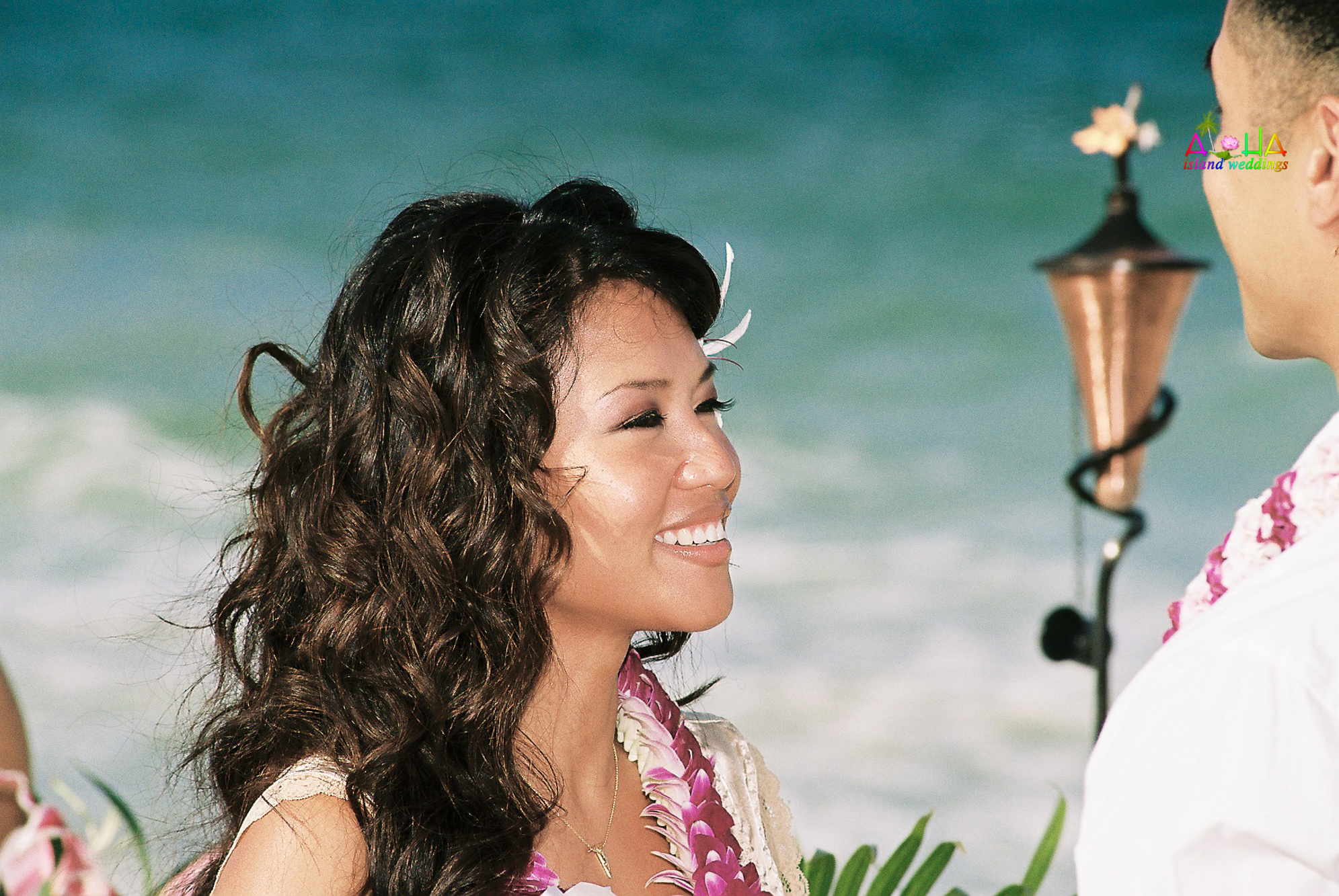 Beach wedding in Kailua-42
