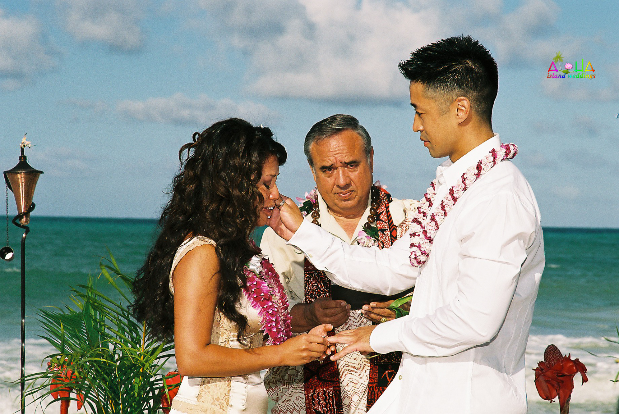 Beach wedding in Kailua-40