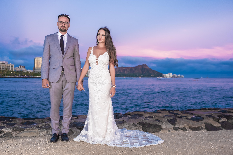 Magic island Hawaii beach wedding -10