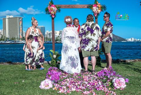 Vowrenewal-magicIsland-Hawaii-1-8.jpg
