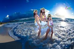 Sunrise-wedding-in-Hawaii-21.jpg