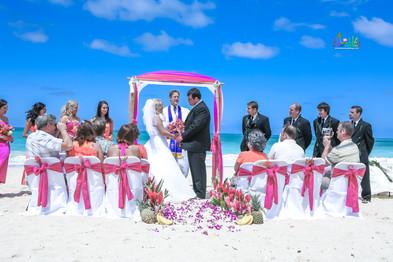 H&T-waimanalo-beach-weddings-1-18.jpg