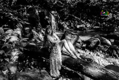 EW-wedding-picture-in-the-forests-46.jpg
