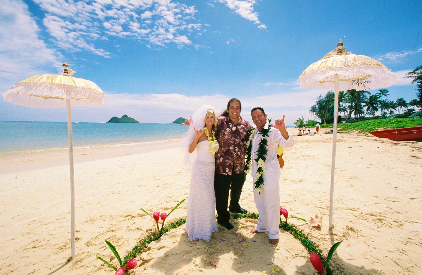 Alohaislandweddings- Lanikai wedding Picture -13