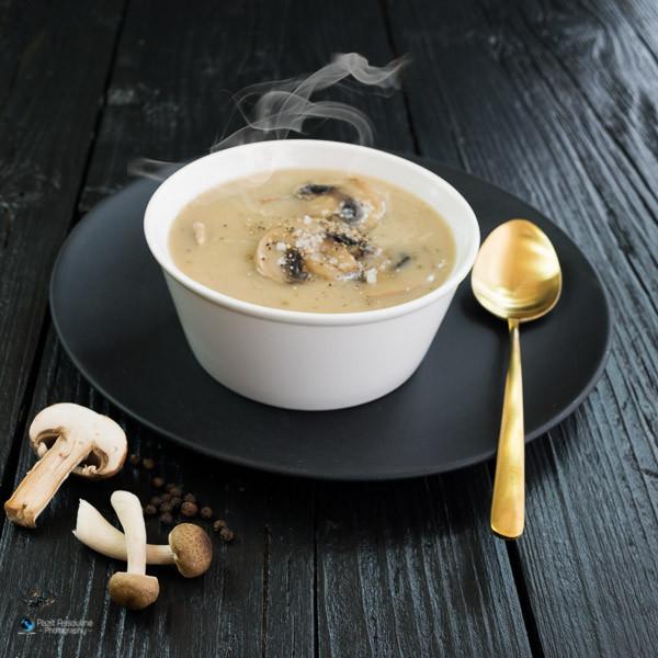 מרק פטריות, צילום מזון: פזית אסולין