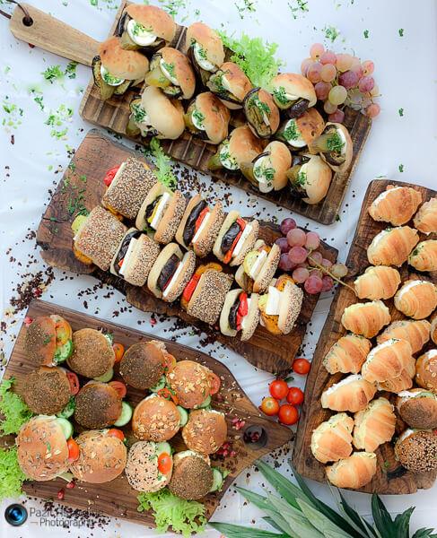 צילומים לקייטרינג, מגשי אירוח, הכנה הולי בייגל, צילום מזון וסטיילינג פזית אסולין