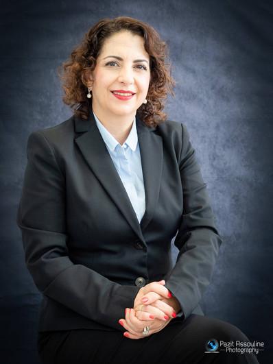 צילומי תדמית לרונית, מנהלת בית ספר