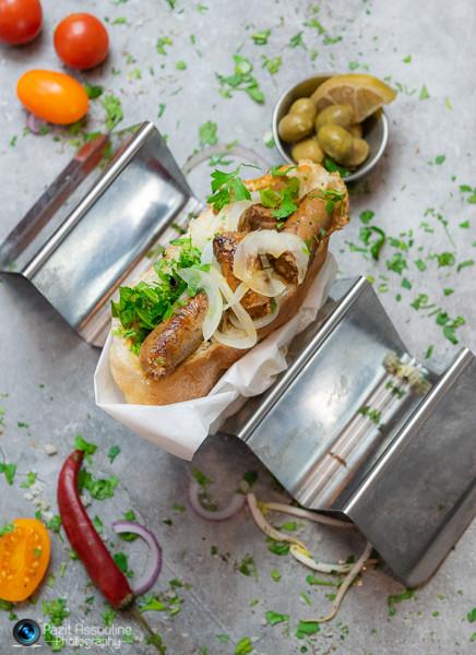 נקניקיות מרגז בפ׳רנה, צילום מזון וסגנון פזית אסולין