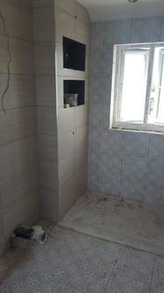 Chessington-Surrey-build-bathroom-master