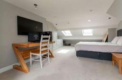 259-renovation-bedroom-2.jpg