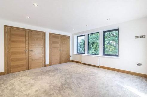 221-renovation-bedroom.jpg
