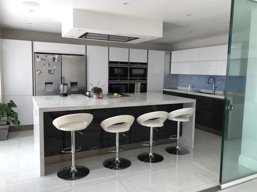 kitchen-gatti-homes-102-after-1.jpg