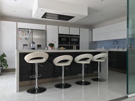 kitchen-gatti-homes-102-after-2.jpg