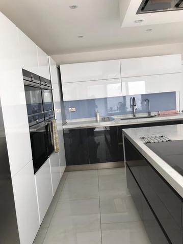 kitchen-gatti-homes-102-after-5.jpg