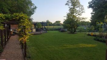 Chessington-Surrey-after-cottage-pergola