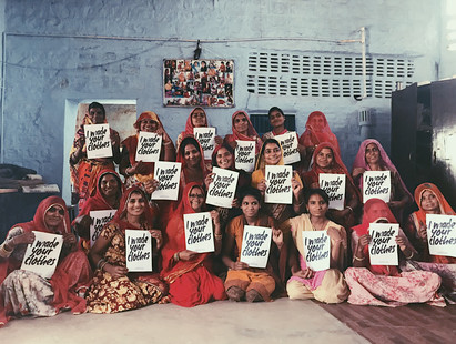 Group Picture of the Saheli Women