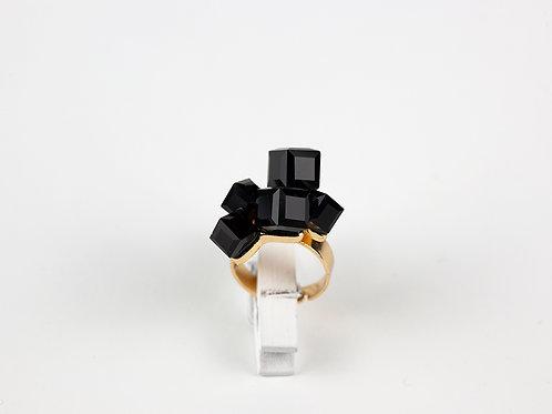Anel  Black Pyramid