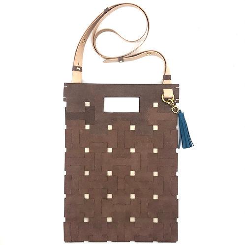 Medium Lock Bag (Dark Brown)