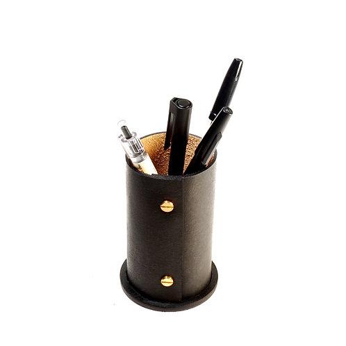 Essential Pen Holder