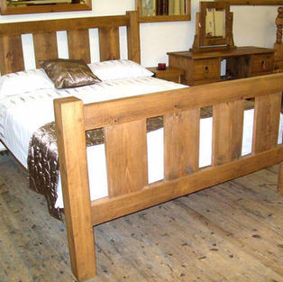 Rustic slat bed
