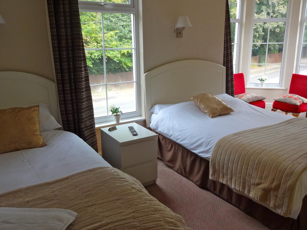 Nuneaton Hotel Triple Room