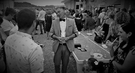 spectacle de magie landes greg magicien Greg magicien professionnel, association magie landes, magicien pays basque, spectacle de magie, atelier initiation magie, magicien anniversaire, magicien mariage, magie arbre de noël, magicien repas entreprise, animation magie centre de loisirs, magie écoles, magie vacances campings et centre de loisirs, close-up, mentalisme, spectacle, grandes illusions, colombes, lapin, chapeau, carte, baguette magique