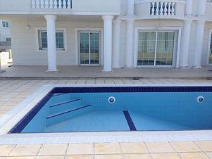 Catalkoy Pool Maintenance