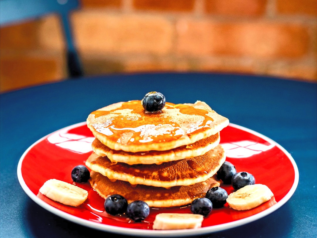 AFC FIT FOODS: AFC Grass-Fed Whey Protein Oatmeal/Vanilla Fluffy Pancakes