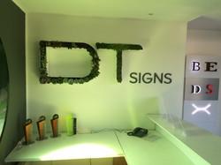 Dt signs - Lettres végétales