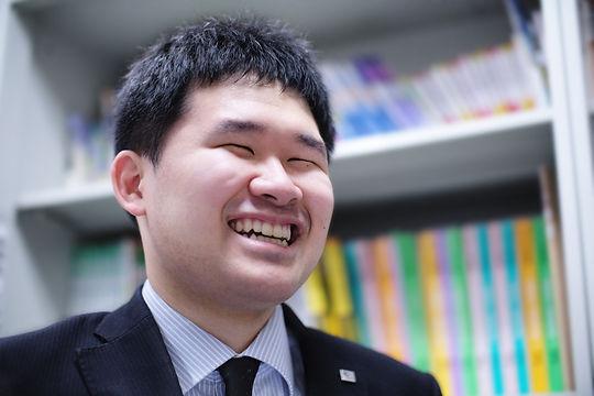 杉本さん_大学生へメッセージ.jpg