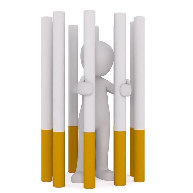 inchisoare din ţigări