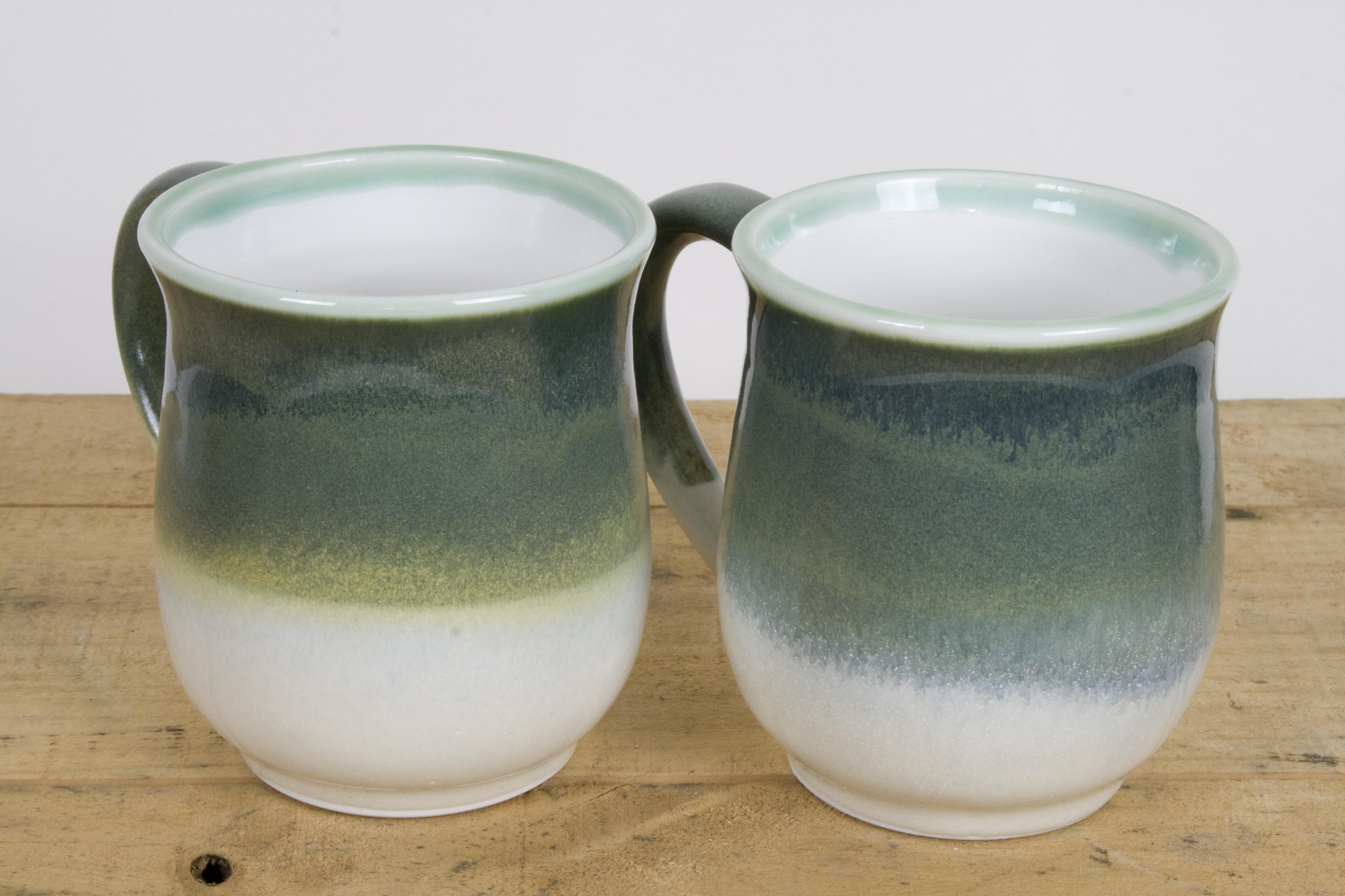 Mug green white