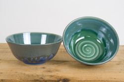 Bowl blue green drip