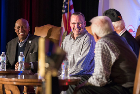 Fergie Jenikins, Mark Grace cracked up by Gaylord Perry and Bob Uecker