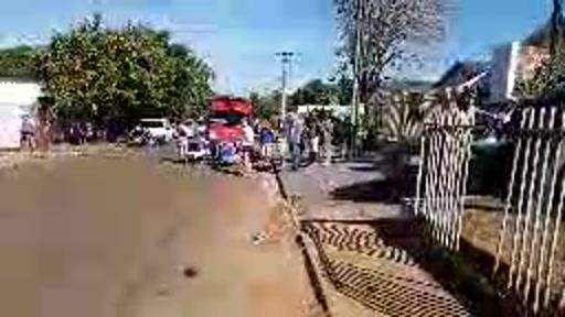 Mais um acidente envolvendo motociclista em Campo Mourão, desta vez o acidente ocorreu na rua Princesa dos Campos. O condutor da motocicleta de 24 anos teve ferimentos graves após fraturar o fêmur.