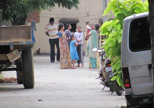 Indian family in road.JPG