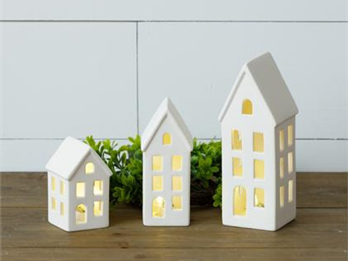 Lighted Houses  Item #: 8L8821 Retail Price : $48.25