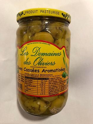 Olives cassées aromatisées