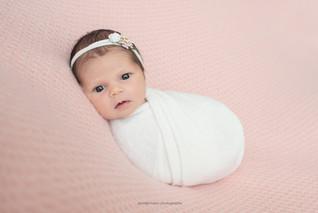 philadelphia-newborn-awake.jpg