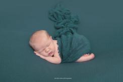 lancaster-newborn-teal.jpg