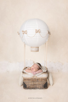 bucks-county-newborn-balloon.jpg