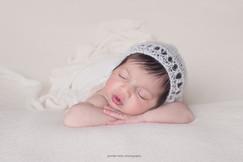 philadelphia-newborn-hat.jpg