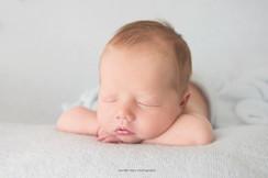 lancaster-newborn-sleepy.jpg